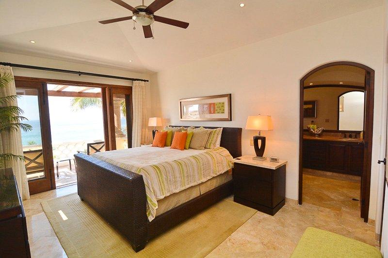 Upsatirs Master Bedroom. King size bed