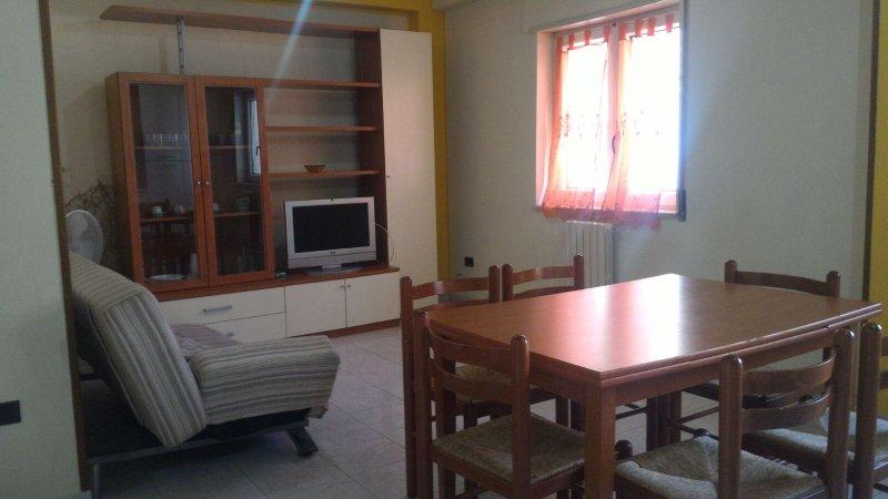Appartamento per Vacanze a Crotone!, holiday rental in Crotone