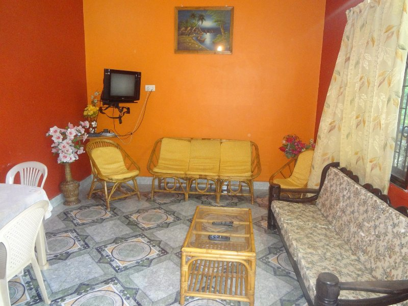 TripThrill Lioyd's Tourist 2 Bedroom Apt, location de vacances à Benaulim