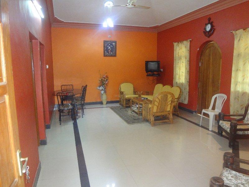 TripThrill Lioyd's Tourist 1 Bedroom Apt, location de vacances à Benaulim