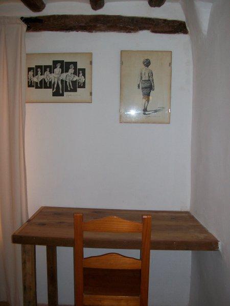mesa trabajo en habitación