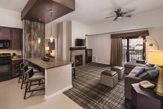 The Canyons Wyndham Resort ski in ski out 2BR, vacation rental in Park City