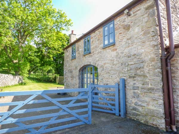 POPTY BACH, woodburning stove, pet-friendly, romantic retreat, Denbigh, Ref, casa vacanza a Trefnant