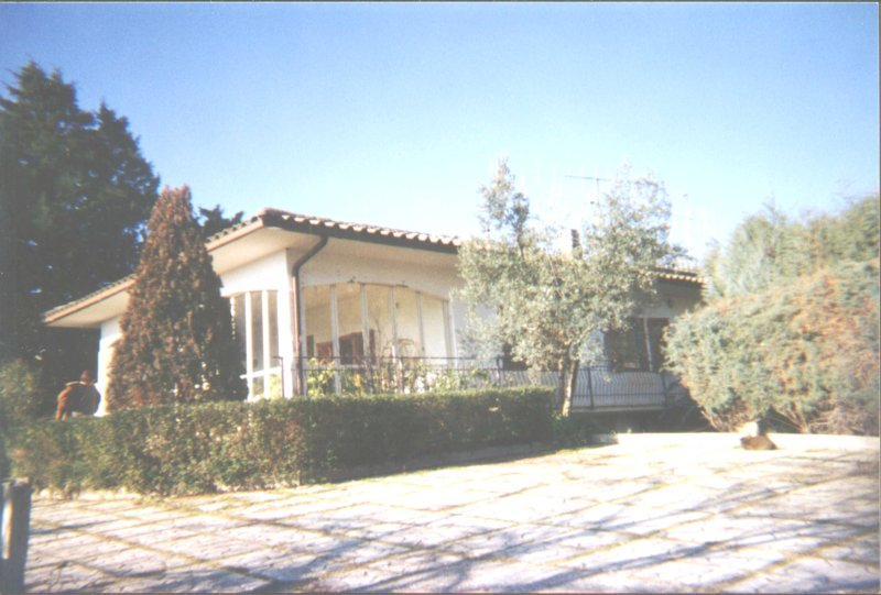 Lovely villa in countryside minutes from downtown, holiday rental in Terni