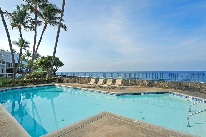 Royal Sea Cliff #314 - Oceanfront pool