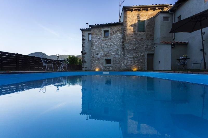Jardín y piscina casas Abril y Bruna