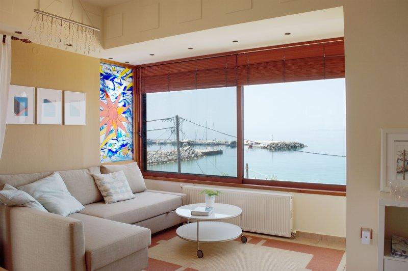 Comfortable Apartment - Sea View, casa vacanza a Nea Skioni