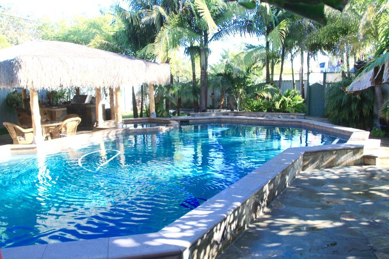 Beach House with pool, jacuzzi, close to beach,, holiday rental in Coronado