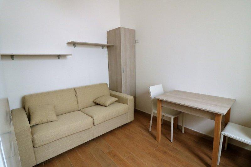 Holiday home air-conditioned studio in Salento Puglia in the historic center of, aluguéis de temporada em Matino