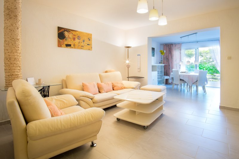 Apartment Rina, location de vacances à Dramalj