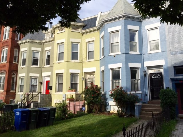 Beautifully colored Victorian Townhouses from 1900's.
