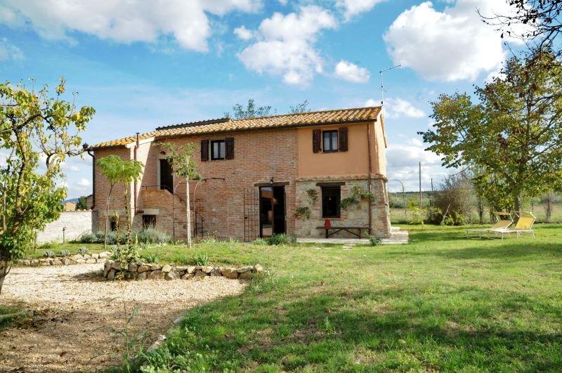 Cascinale - Casa Vacanze - 'Il Picchio', casa vacanza a Panicarola