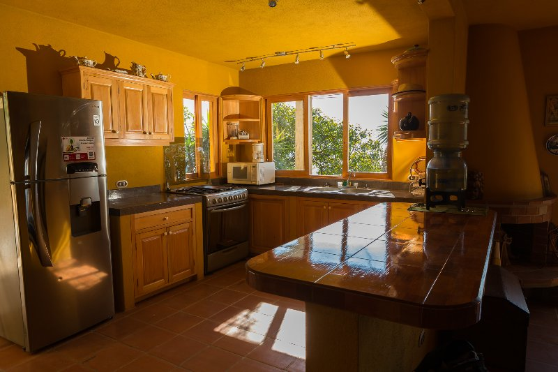 Casa Maria Vista, Espectacular vista, vacation rental in Lake Atitlan