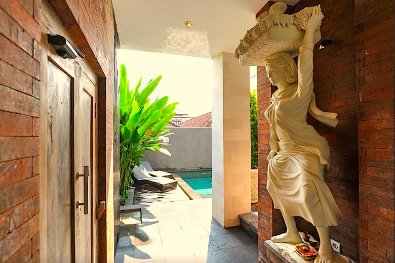 6BDR Central Location (Legian), holiday rental in Legian