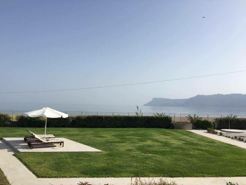 AKTI - Villa by the beach, vacation rental in Kissamos