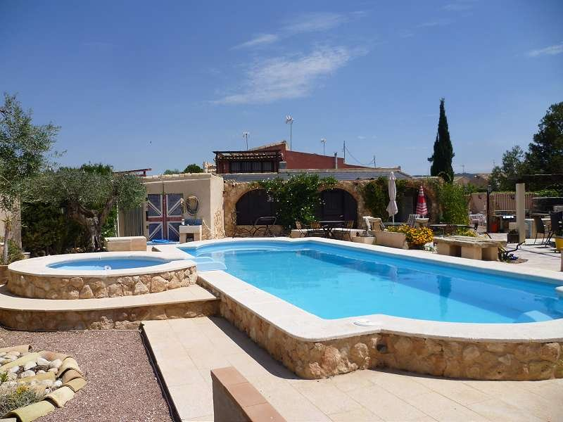 Casa Rural Ubeda- Bed and Breakfast Accommodation, vacation rental in Agost