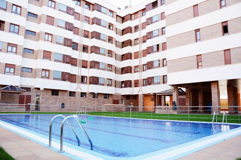 Apartamento 2-4 personas L..., holiday rental in Ausejo
