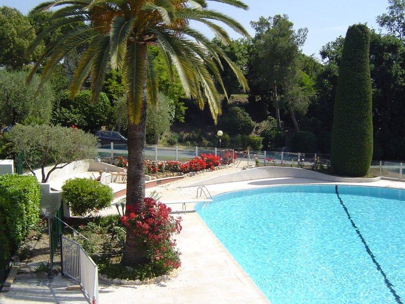 Dorchester, vacation rental in Villeneuve-Loubet