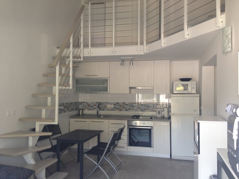 New modern apartment Dubrovnik-Neretva county, holiday rental in Duba