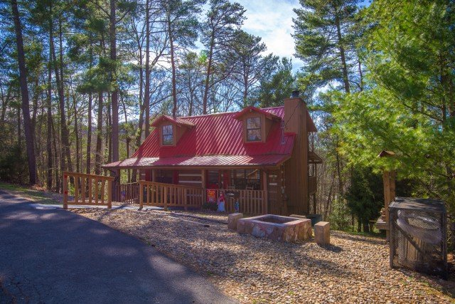 Red Riding Hood S House Has Hot Tub And Parking Updated