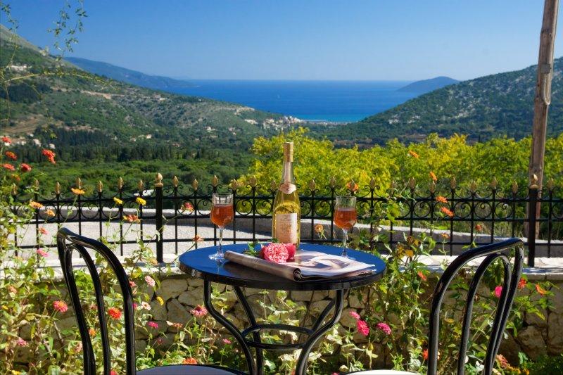 ** Katerina's Cottage With Stunning Mountain And Sea Views, near Myrtos beach **, vacation rental in Divarata