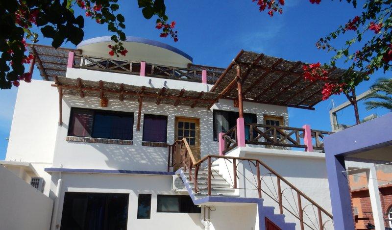 Bonitos nice rooms Papalote Inn La Ventana, alquiler vacacional en El Triunfo