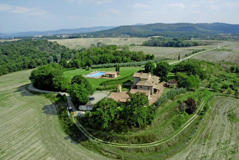 Arezzo House, Residence  In Tuscany Farm Holiday, vakantiewoning in Pergine Valdarno