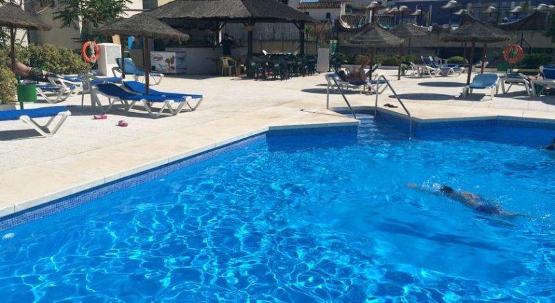 área de piscina