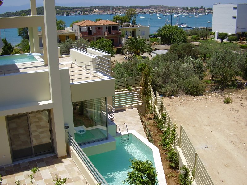RVG Rania Luxury Apartment with private pool, holiday rental in Kosta