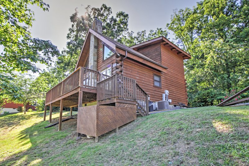 Book this Sevierville vacation rental cabin for the trip of a lifetime!