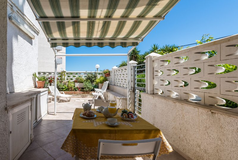 Private Terrace for relax and barbeque
