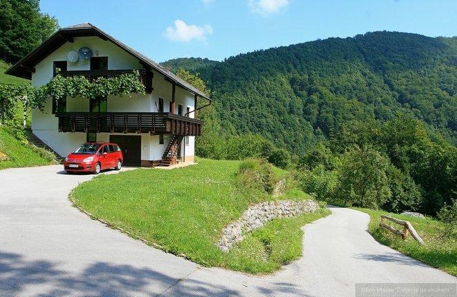 Eco-House 'Življenje na visokem'** Standart, holiday rental in Ljubija