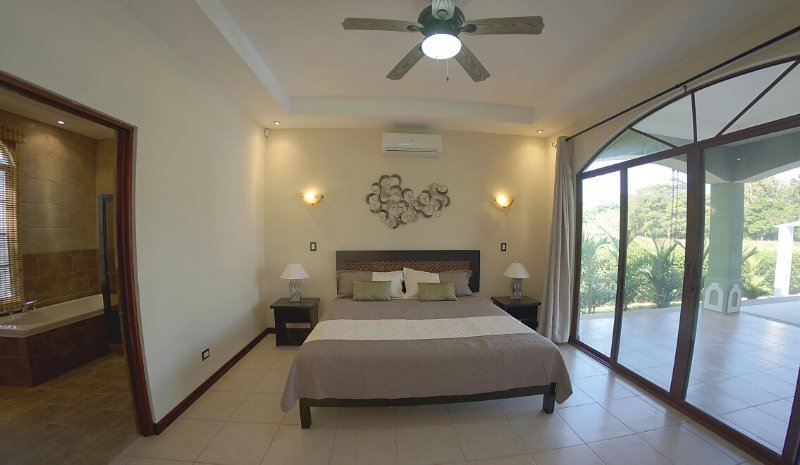 Villa Colibri, holiday rental in Esterillos Este
