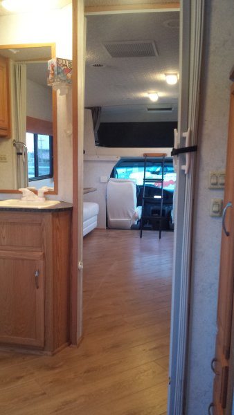 Cincinnati Rv Rental Slide out provides lots of extra space