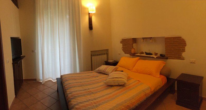 Alla Corte del Re - Camera degli Aranci, holiday rental in Marano di Napoli