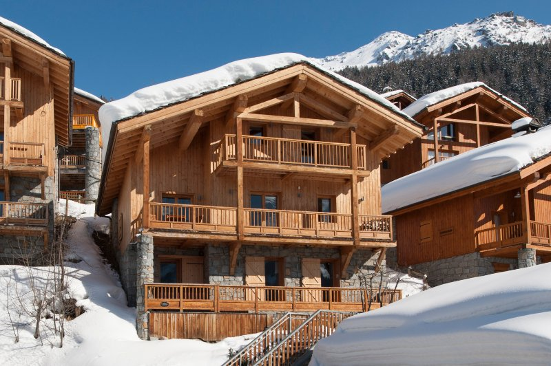 Covering over 150m2, Chalet Alexandria is a substantial chalet with balcony access on all levels