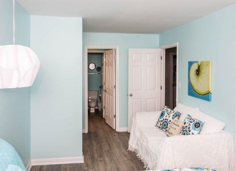 Best Hotel With Kitchen At Surfside Beach Sc