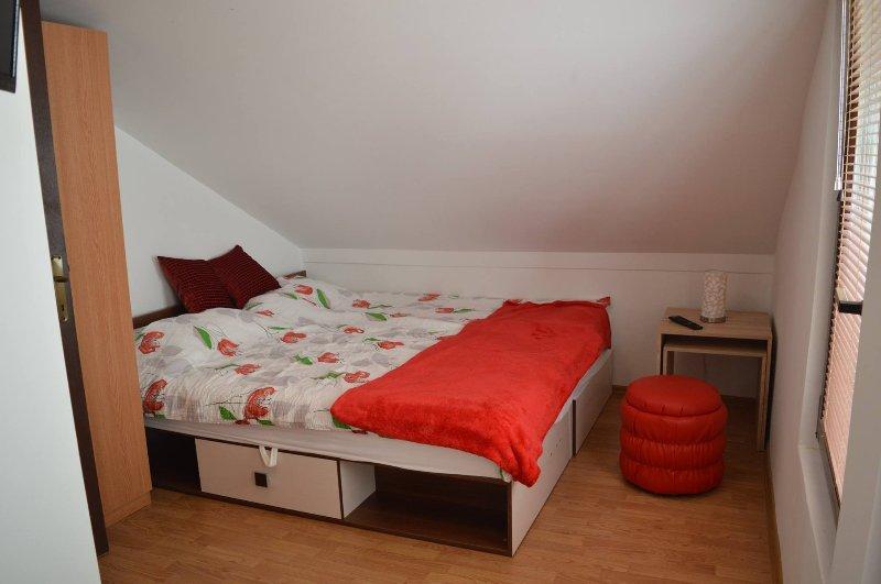 Top location; Peaceful neighborhood!, holiday rental in Sarajevo