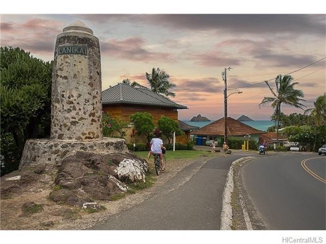 Entry point to Lankai neighborhood.