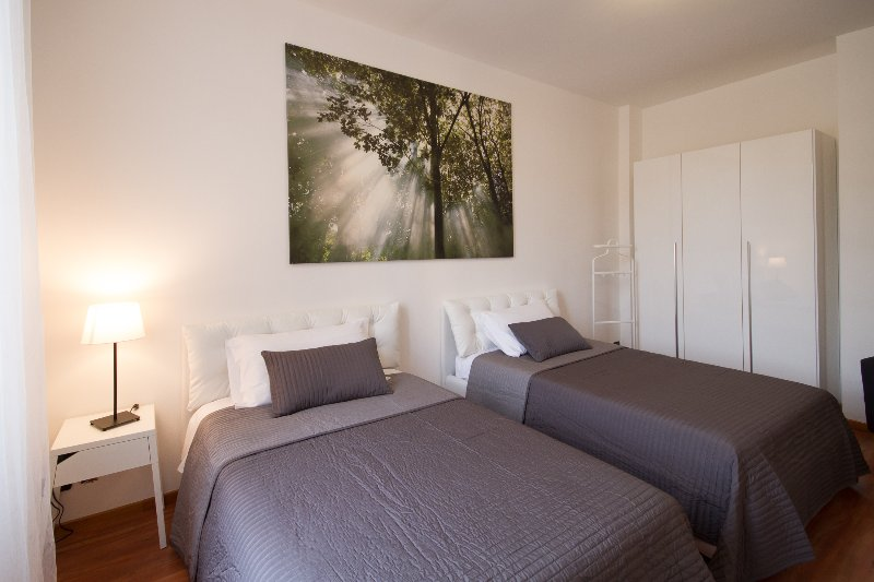 cadorna home, vacation rental in Albate
