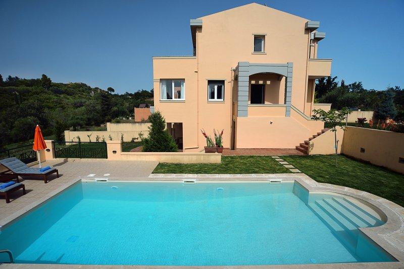 Villa IRIS, holiday rental in Kastania