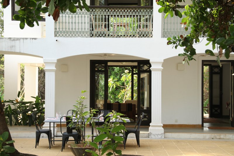 Two homes on a hill by the river: Banyan and Teak., vacation rental in Ponda