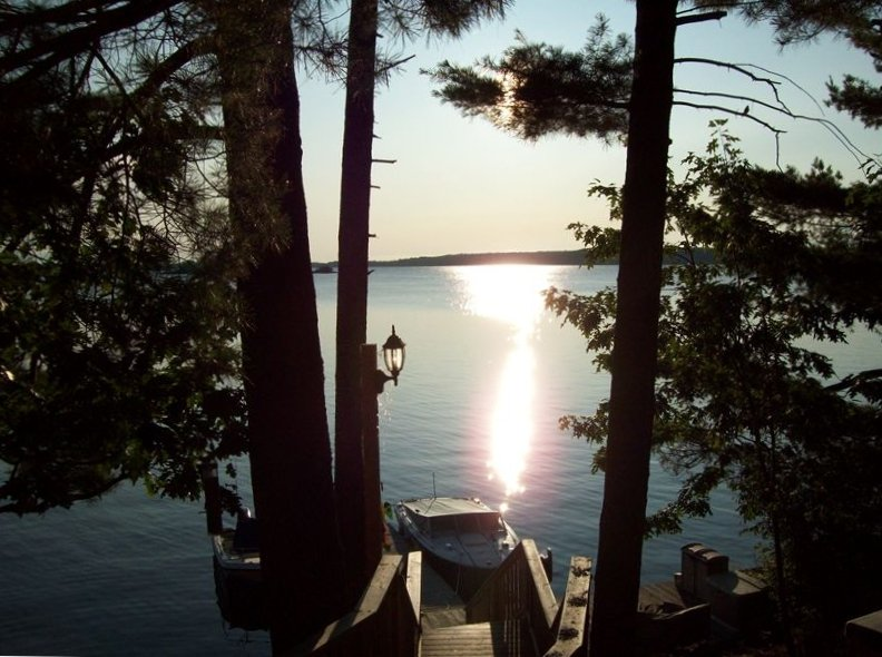 Beautiful Waterfront Cottage on Grindstone Island Thousand Islands New York, vacation rental in Gananoque