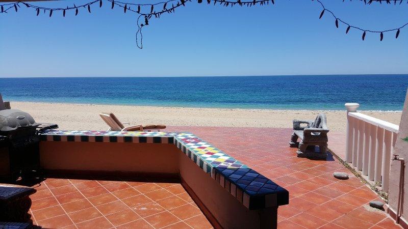 Casa Escuela 3 bedroom 3 bath beachfront home WiFi, vacation rental in Puerto Penasco