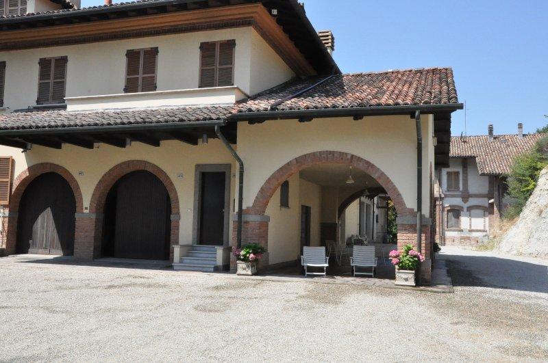 Relax tra i vigneti del Monferrato, casa vacanza a Bistagno