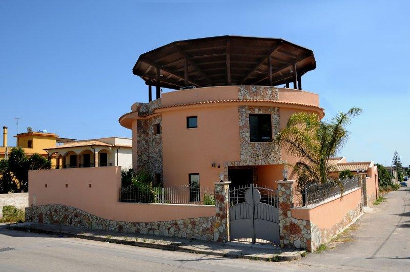 facciata esterna principale de LA TORRE DEL SOLE