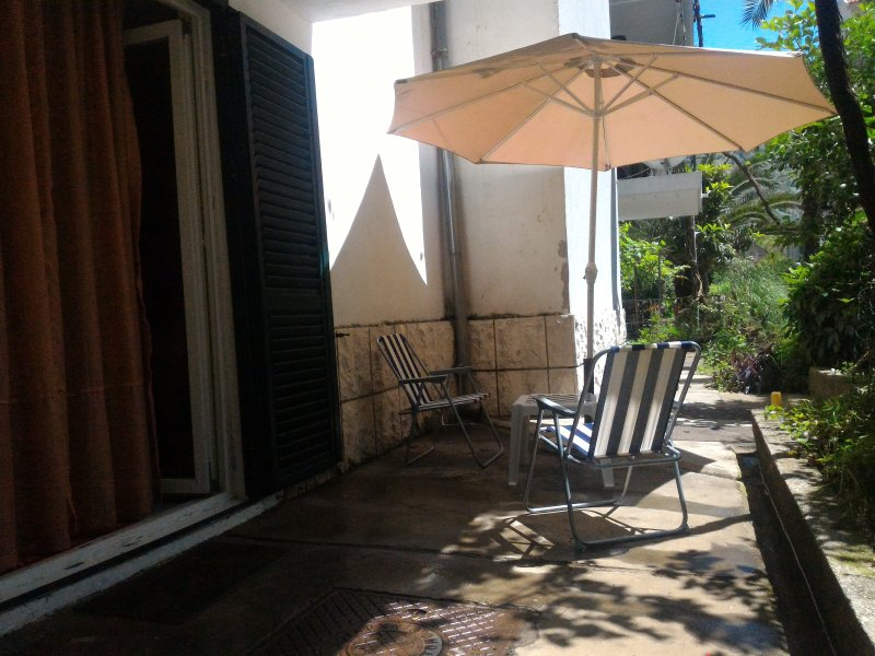 Apartment Risan, holiday rental in Bogetici