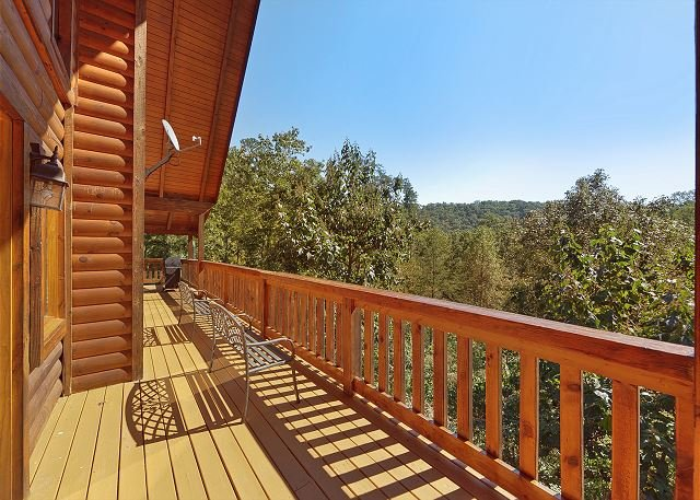 Secluded luxury 3 bedroom just minutes from downtown - Gatlinburg 3 bedroom condo rentals ...