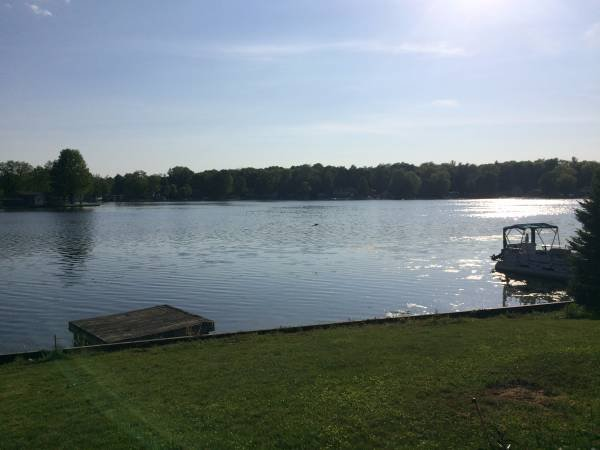 2br - 1200ft2 - All Sports Lake Cottage, holiday rental in Fremont