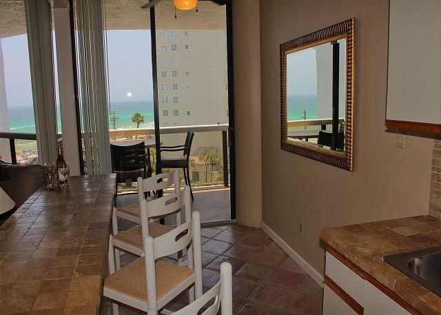 Breakfast Bar with Gulf View